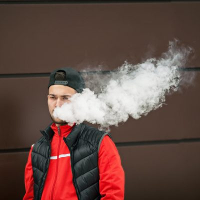 signs child vaping